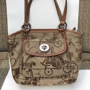 Coach horse and carriage bag